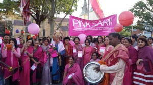 Pink-Sari-Parade-at-Parramasala_1-web